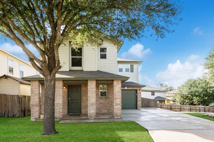Close to Sea World & Lackland AFB. BMT Discounts!
